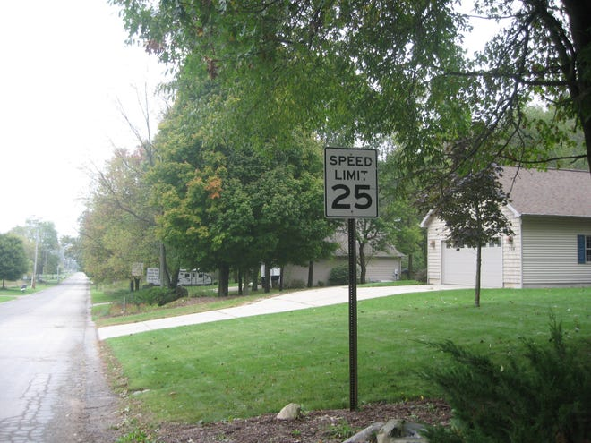 Northbound lanes of Parsonage Road in Saranac, Mich., have a 25 m.p.h. speed limit sign, but southbound lanes do not. This was a factor in the traffic stop case ruled on the Michigan Court of Appeals.