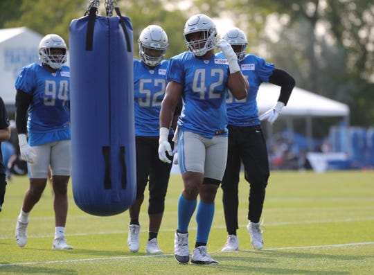 Lions linebacker Devon Kennard goes through drills during practice during training camp on Thursday, July 25, 2019, in Allen Park.