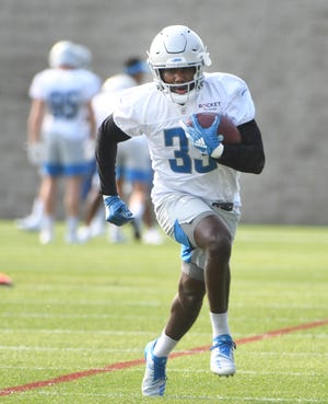 ESPN fantasy football expert Matthew Berry is expecting big things from Lions running back Kerryon Johnson this season.