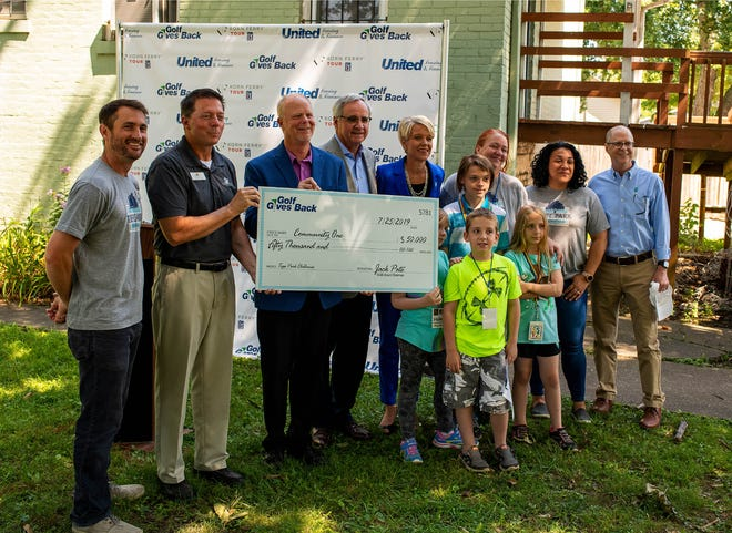 The Tepe Park Neighborhood Association is receiving a grant of $50,000 from Golf Gives Back, Inc. for renovations and resources for its clubhouse in Evansville.
