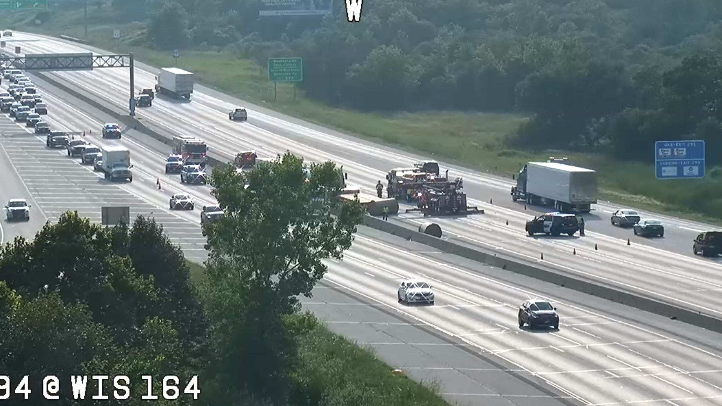 Milwaukee traffic: I-94 reopen in Waukesha at Pewaukee Road