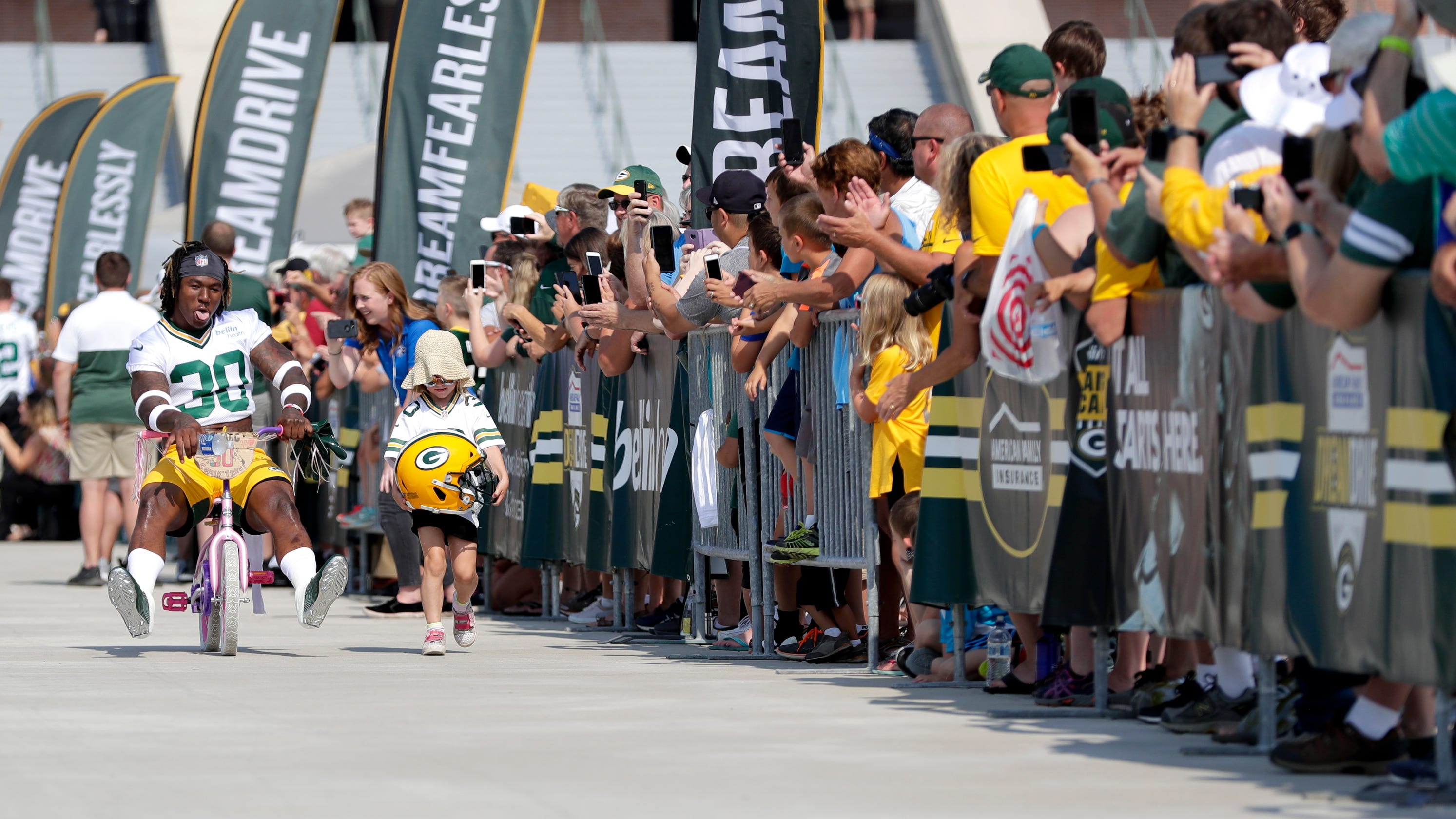 2ff635e1 Green Bay: Training camp bike opportunities double with Texans