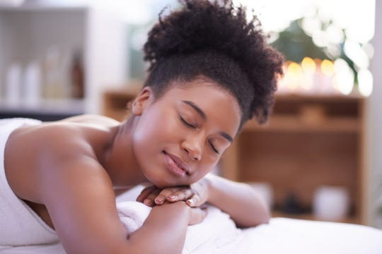 Elements Massage® offers a CBD massage service enhancement called Herbal Ritual™, which aims to take an already relaxing wellness ritual to the next level.