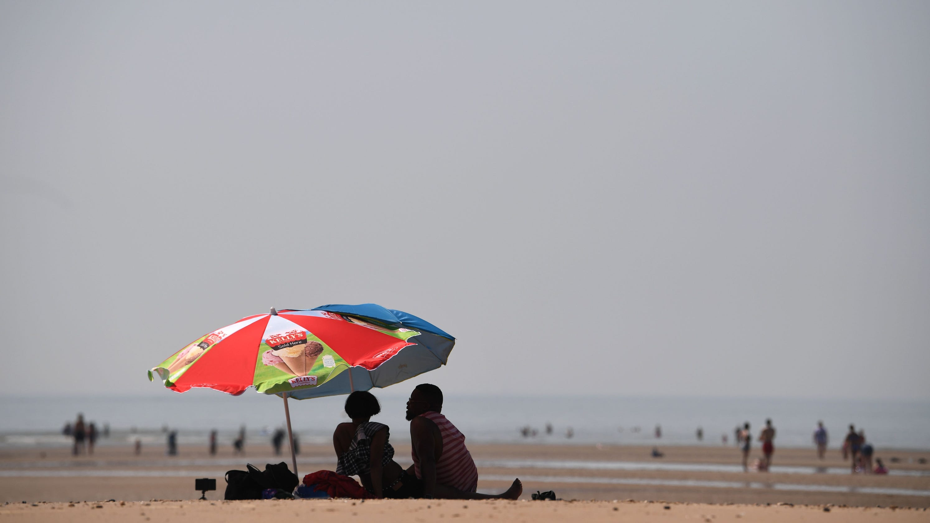 United Kingdom sets all-time high temperature record