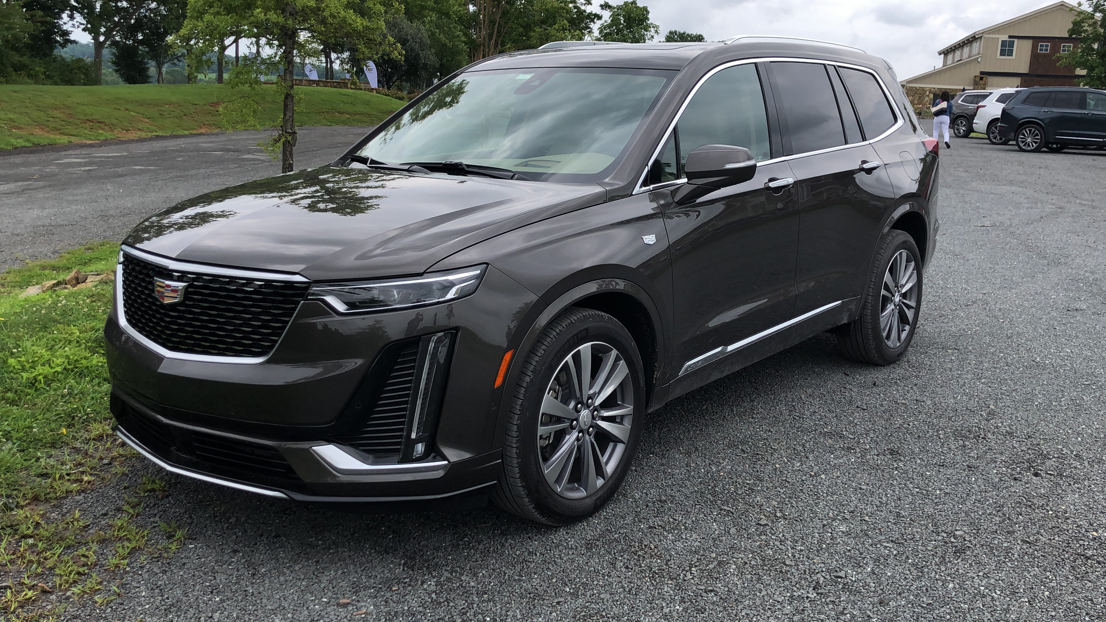 2020 Cadillac Xt6 Review 3 Row Suv Tackles Luxury Leaders