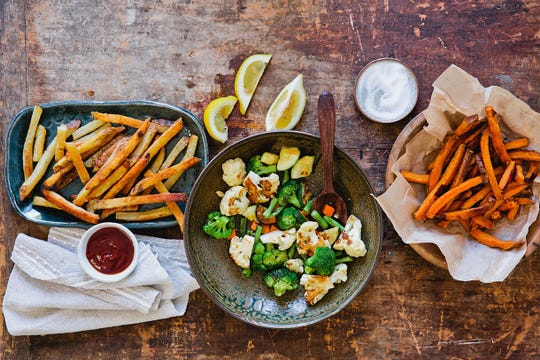 The B.GOOD menu includes everything from burgers and baked fries to healthy, veggie-ful bowls.