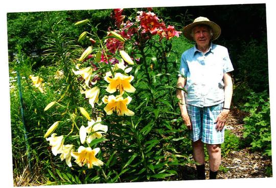 Helen Mundell enjoyed tending to her garden in her retirement.