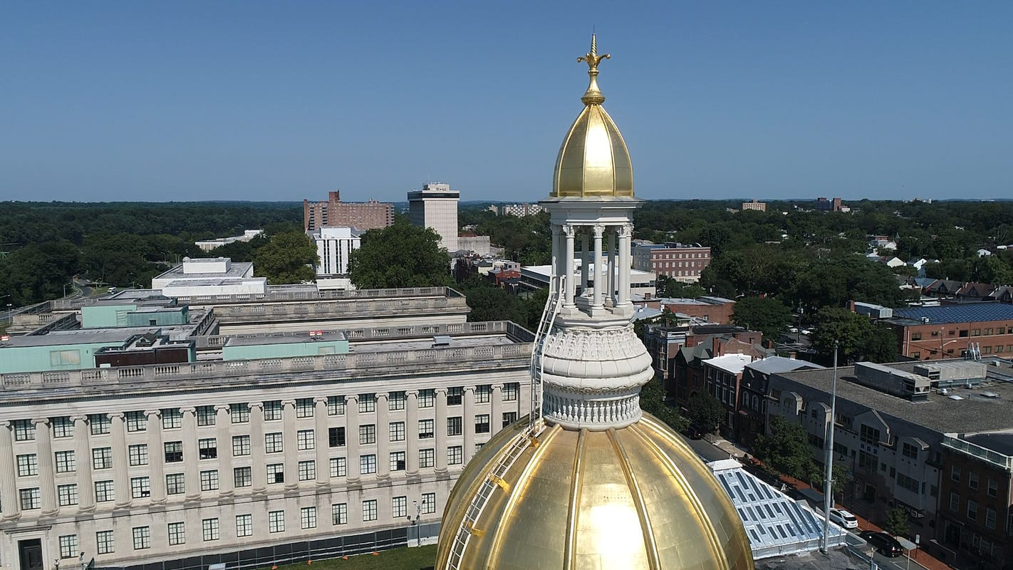 Vaping, vaccines, electric vehicles and more: What's on NJ lawmakers' Monday agenda