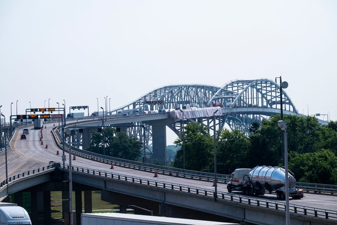 Blue Water Bridge, July 2019
