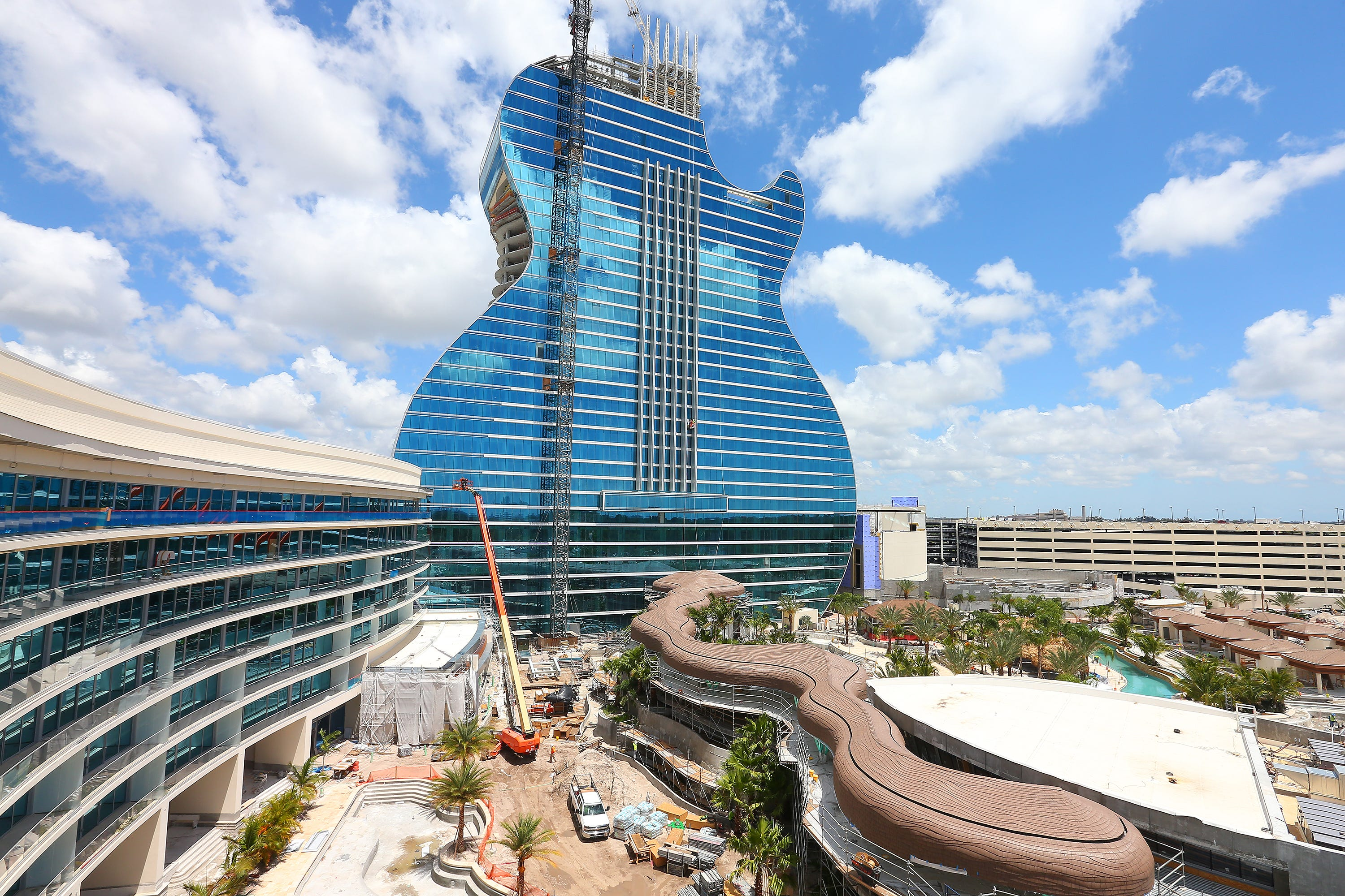 Goodnight, Hard Rock: Las Vegas hotel and casino will close 8 months for renovation