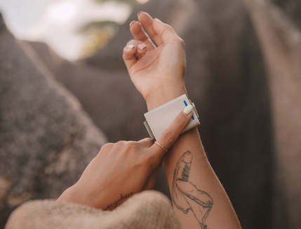The Embr Wave bracelet sends cooling waves into your body.