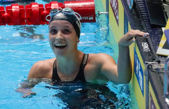 High schooler Regan Smith crushes Missy Franklin's world record in 200-meter backstroke