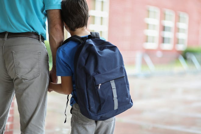 The start of the school year can make kids fearful. Experts suggest parents acknowledge the fear to help kids work through it.