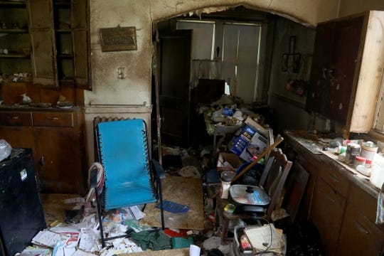 Hoarder living in squalor found dead, eaten by her dog in