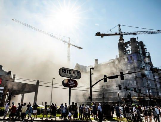 Vanderbilt & # 39; s Carmichael West Tower 3 imploded on Saturday, July 27, 2019.