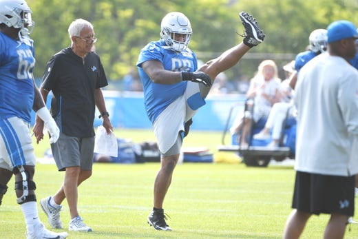 official photos ef761 87f18 Lions camp observations: Undrafted Strong stands out ...