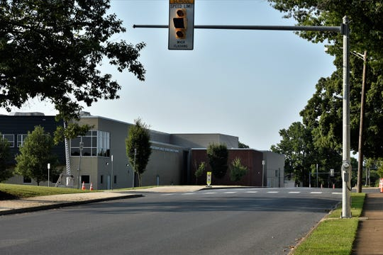 South Sixth Street next to Chambersburg Area Senior High School will be closed to parking and student drop-off/pick-up between 7:30 a.m. and 4 p.m. on school days starting Aug. 22. The new traffic pattern will also affect East McKinley Street. All drop-off/pick-up will move to Middle Street.