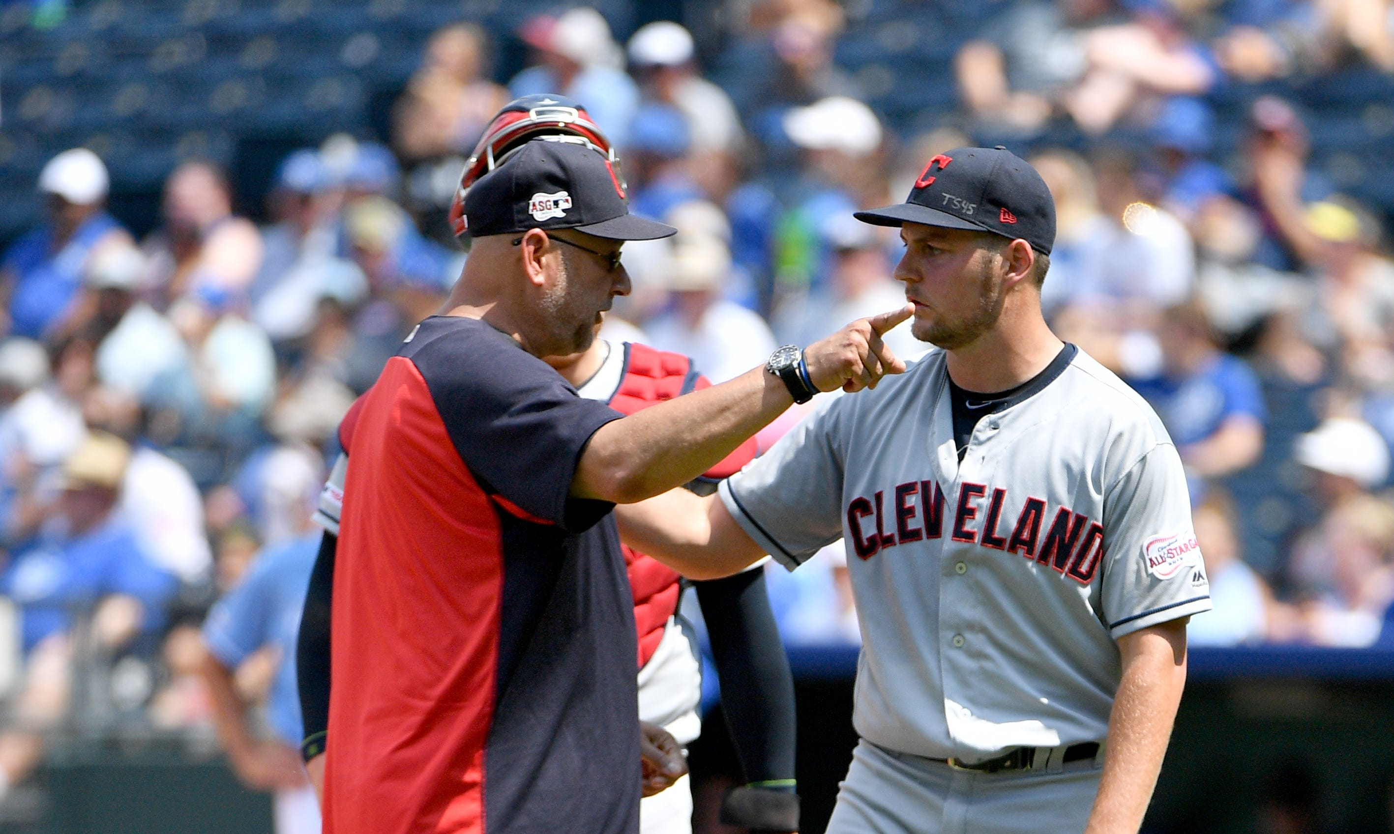 Trevor Bauer pulled from the game by Cleveland Indians manager Terry Francona.