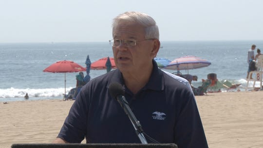 Sen. Menendez is calling on the Consumer Safety Commission to look into the dangers of flying beach umbrellas