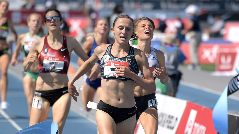 Iowa native Shelby Houlihan crushes American record in 5,000-meter run