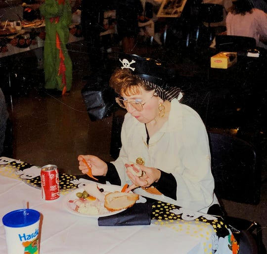 A picture of Sally Honeycheck taken on October 30, 1992.