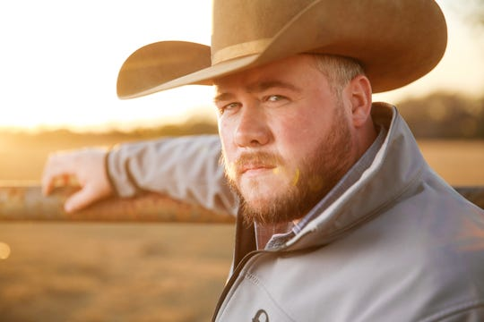 Texas country singer Josh Ward