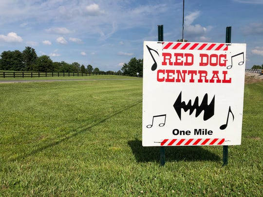 A sign provides directions to the rural home of Roger and Linda Meuth that serves as a home away from home for Nashville songwriters during the just-concluded Sandy Lee Songfest.