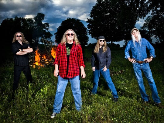 The Kentucky Headhunters will perform in February at The Dixie in Huntingdon.