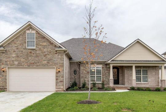 WILLIAMSON COUNTY: 1092 Brixworth Drive, Spring Hill 37174