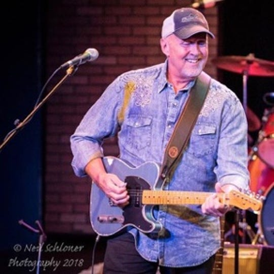 Jeff Dayton will be performing a tribute to Glen Campbell at 1:30 p.m. Aug. 1 at the Paramount Center for the Arts.