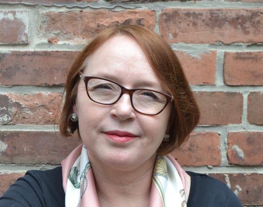 Author Shari Lapena