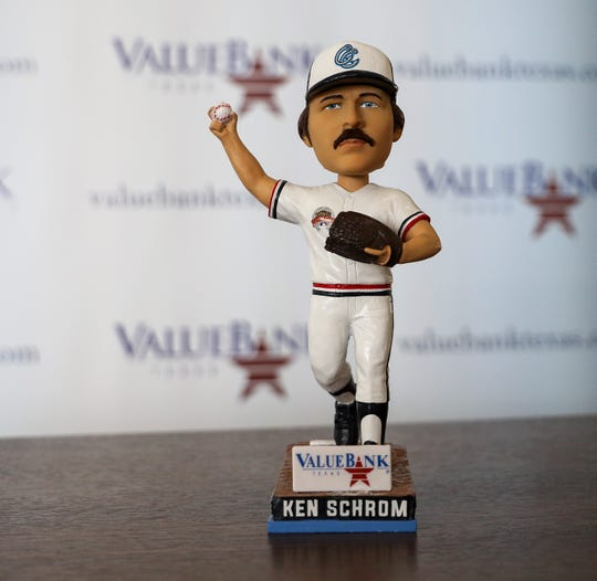 Hooks will be giving out Ken Schrom bobbleheads to honor longtime president's retirement.
