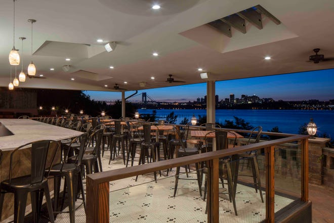 A glorious sweep of Manhattan and the George Washington Bridge is the backdrop for a meal at De Novo in Edgewater.
