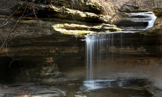 La Salle Canyon is one of 18 canyons in Starved Rock State Park in La Salle County, Illinois.