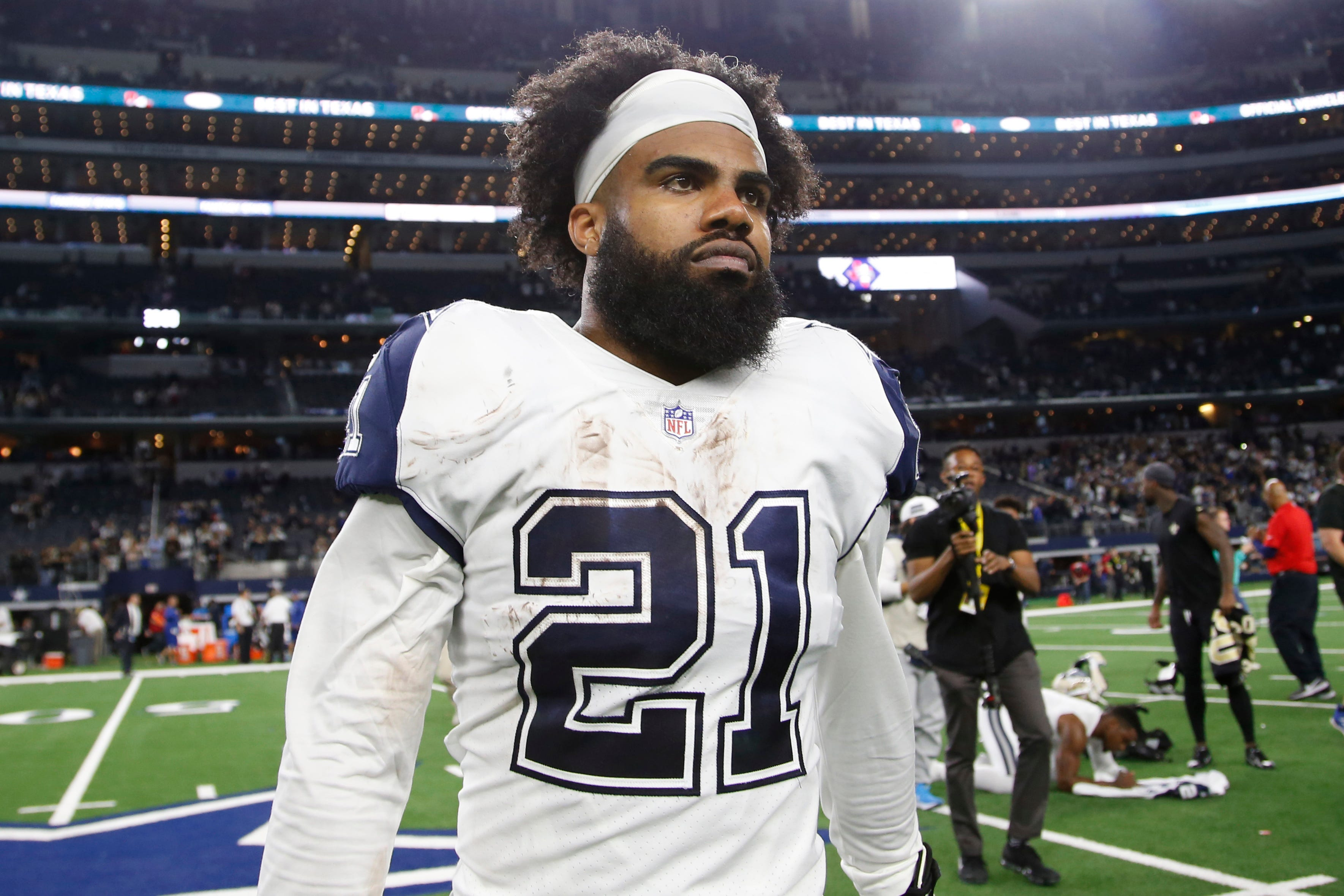 buy online 02312 eb795 Jerry Jones sees 'no point' in rushing to resign Ezekiel Elliott