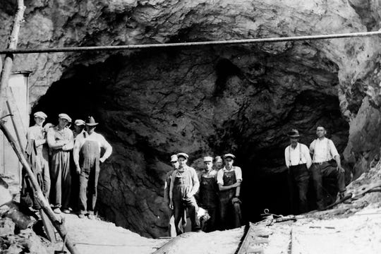 Chestnut Flats feldspar mine, Mitchell County, circa 1932, from Mitchell County Historical Society, https://mitchellnchistory.org/ .