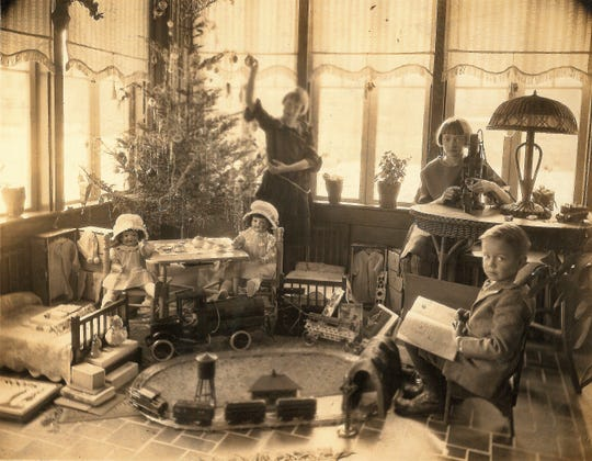 The children of James and Martha Smailes at Christmas in the mid-1920s at the home at 406 Chestnut St. Shown are Edith, Grace and James Jr. Grace was the mother of Richard Wells, who most recently lived in the home and originally moved in, staying with his grandparents, in 1944.