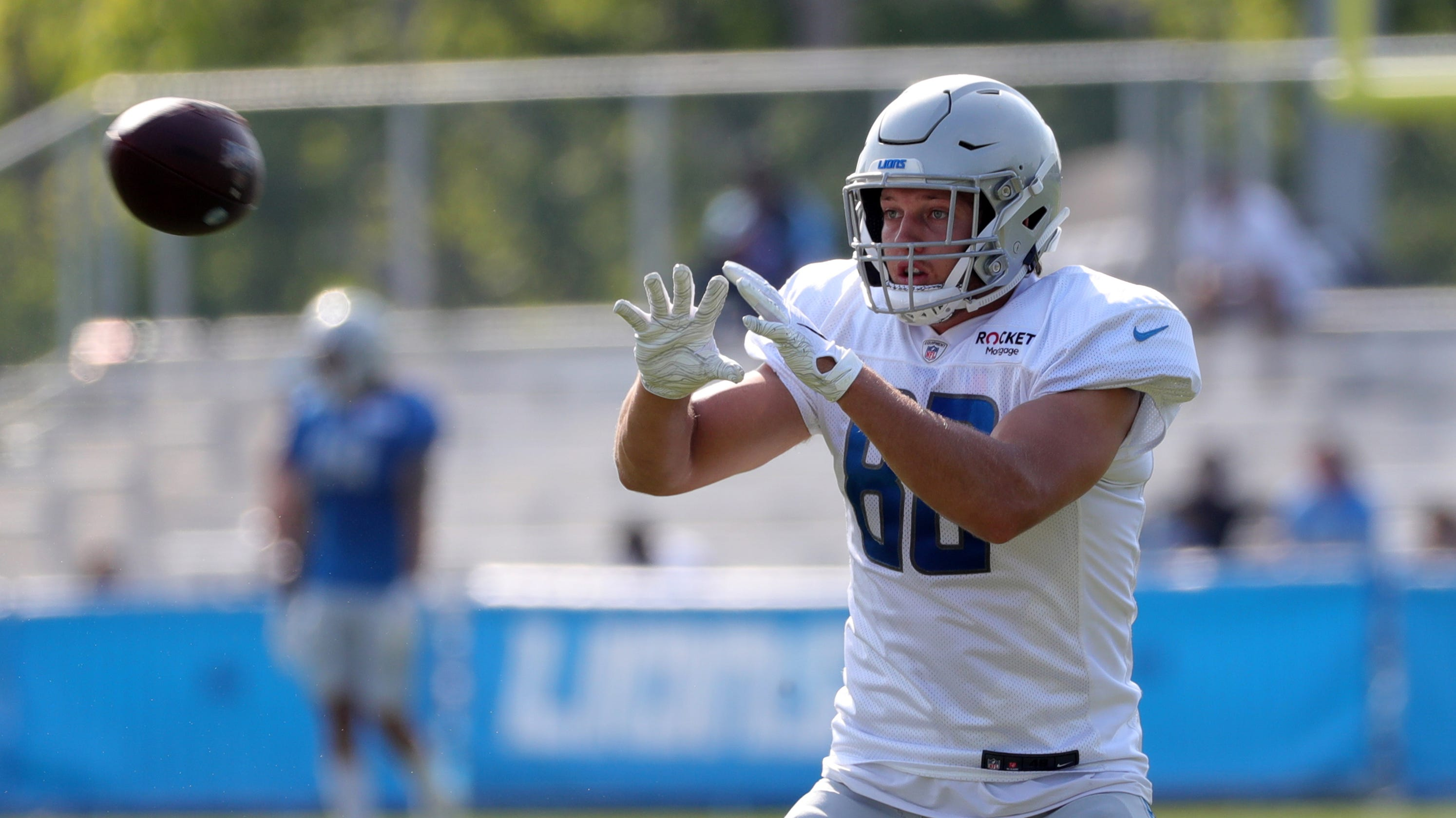 Detroit Lions' thin training camp crowds sends a message: Win