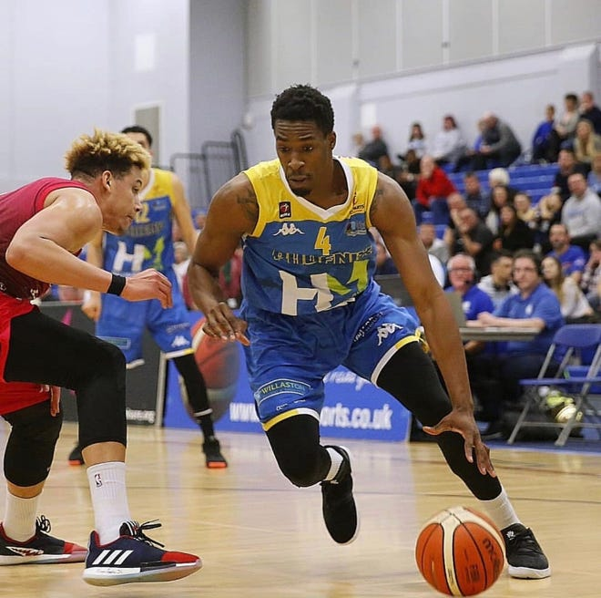 Jalen Hayes averaged 14 points per game in his first professional season, playing in the British Basketball League for the Cheshire Pheonix.