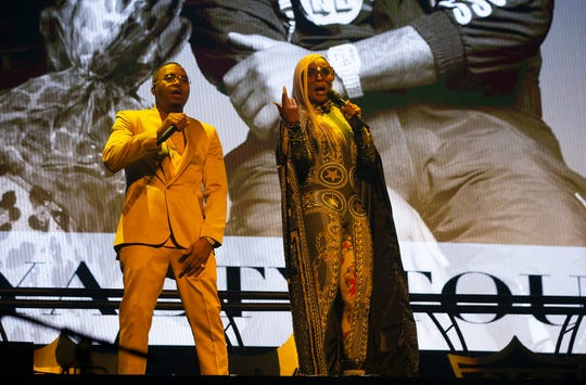 Mary J Blige and Nas perform at the Fiserv Forum in Milwaukee on Tuesday during their Royalty Tour.
