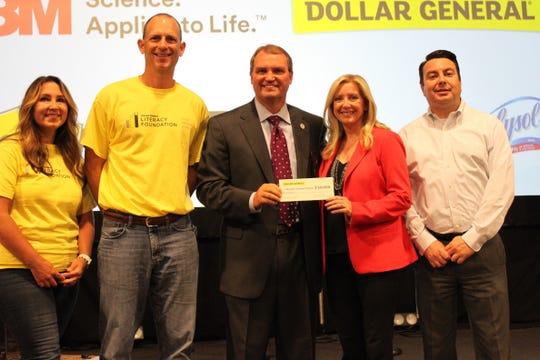 From Left: Jeni Kriceri, 3M; Taylor Phelps, 3M; Dr. Del Phillips, Sumner County Schools; Denine Torr, Dollar General; Al Tenllado, Dollar General