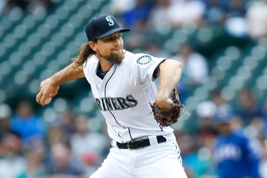 The Diamondbacks acquired Mariners starting pitcher Mike Leake at the MLB trade deadline.