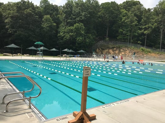 Sprain Ridge's competition pool.