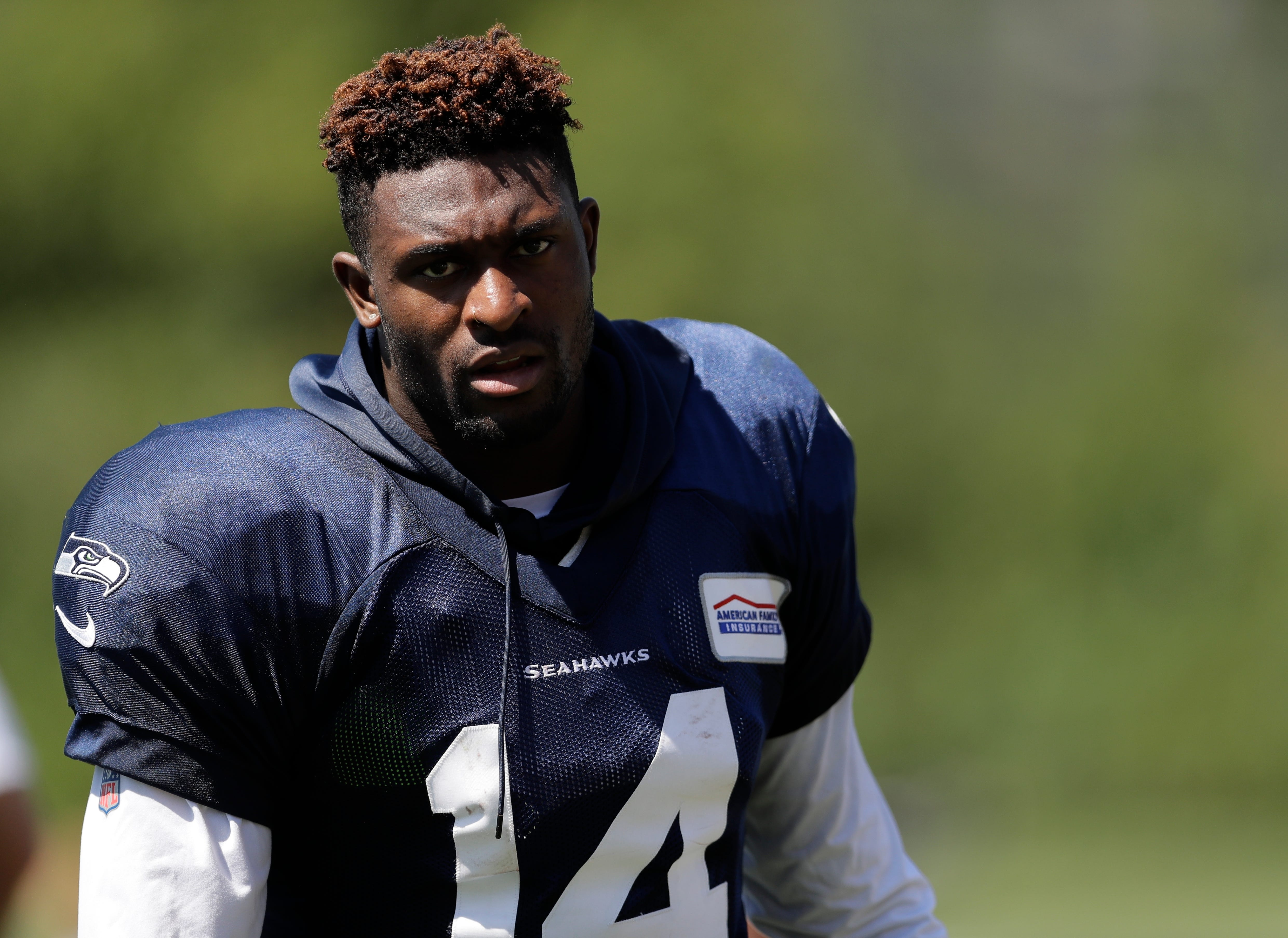 best sneakers 8515b 885c6 D.K. Metcalf shining at Seattle Seahawks training camp