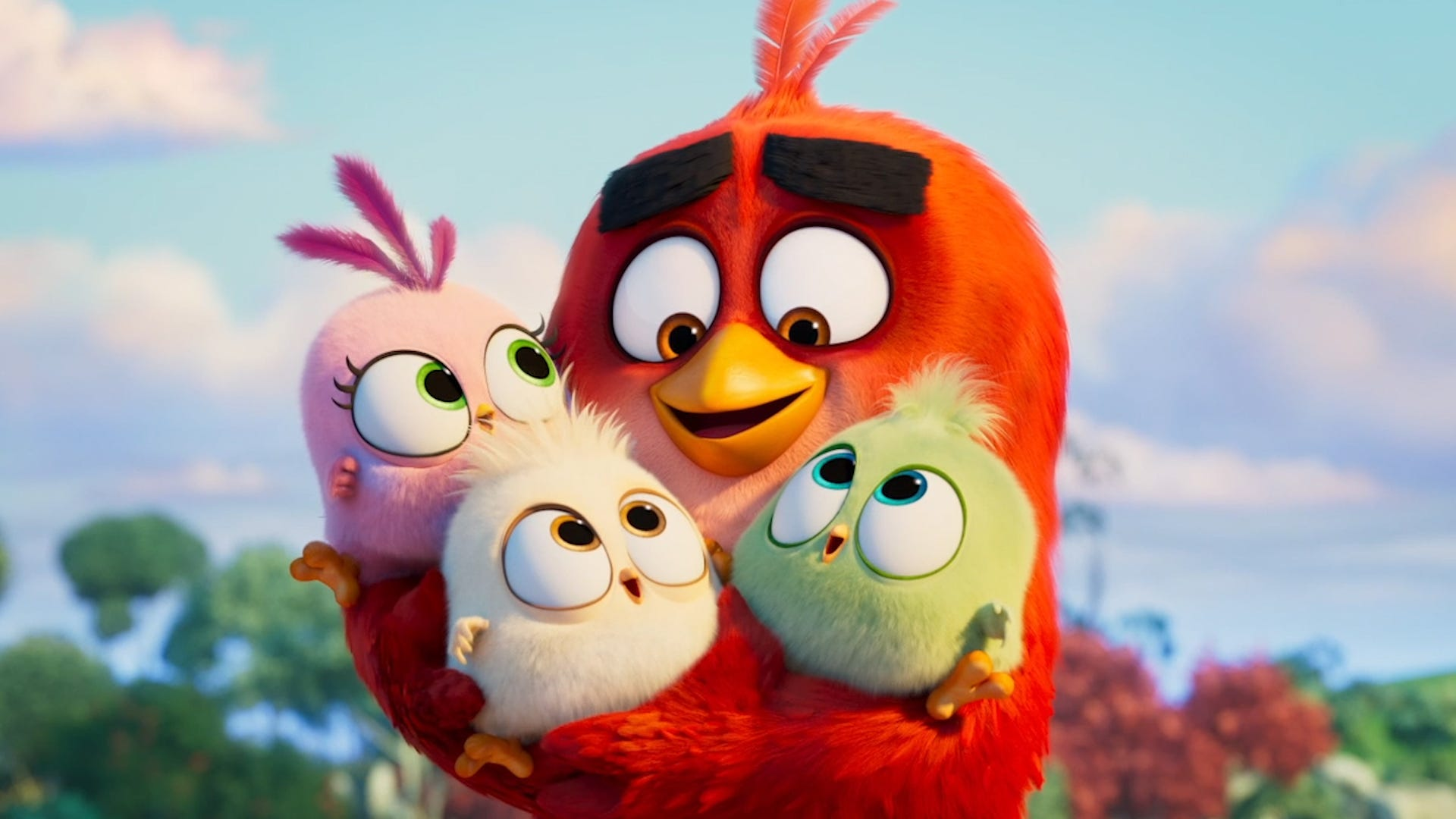 The birds and pigs make an unlikely team in 'Angry Birds Movie 2' trailer