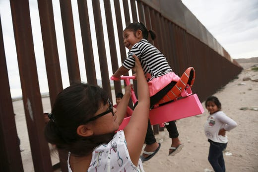 Migrant families: 19 states sue over DHS plan for indefinite