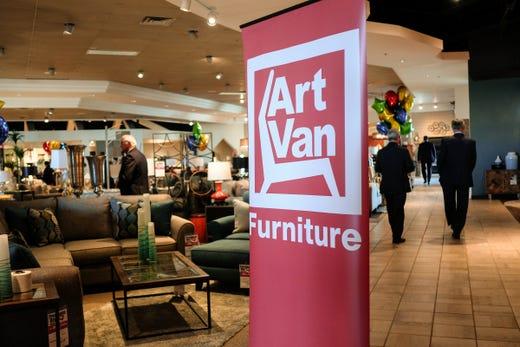 Art Van Furniture To Close Its Stores Begin Liquidation Sales