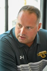 Jesse Shay, Red Lion