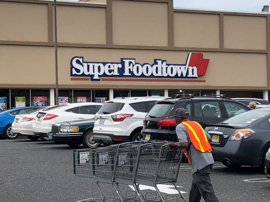 SuperFoodtown is running into a labor shortage.