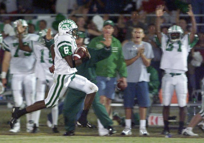 Richard Washington, the Greenies' all-time leading receiver finished his career with 1,339 yards and a record-setting 23 receiving touchdowns. In 2000, he was named a first- team all-state receiver and second-team all-state defensive back. The North Carolina State signee was nominated for the U.S. Army All-American Bowl.